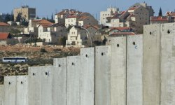 Concrete wall separating Bethlehem from Jerusalem